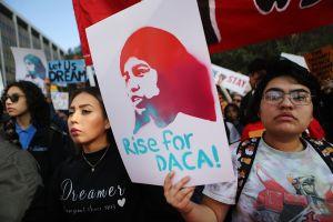 Luz verde para iniciar querella contra cambios de Trump en el programa DACA
