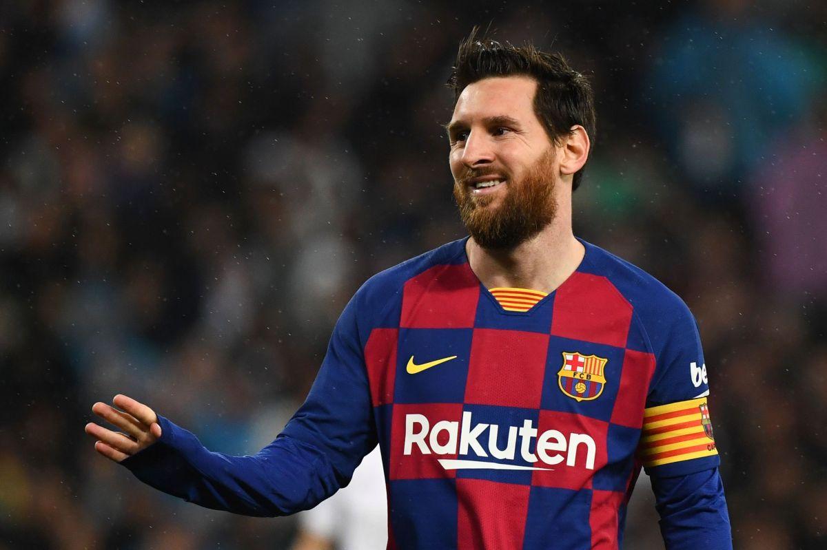 Messi vestirá la camiseta blaugrana al menos por una temporada más.