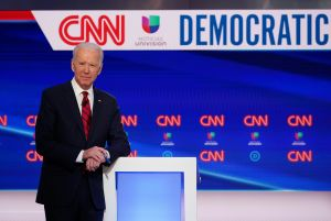 La comparación de Biden sobre las comunidades latinas y afroamericanas