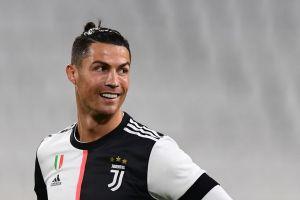 Cristiano Ronaldo luce la nueva playera de ¿los Jaguares de Chiapas?