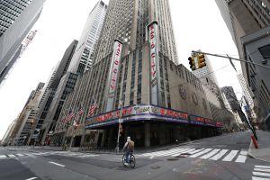 Más de 350 personas serán despedidas de la empresa propietaria del Madison Square Garden por la cancelación de espectáculos musicales y deportivos