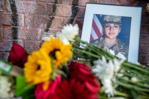 """""""Buscando rosas que ya no puedo darte""""; el mensaje triste del novio de Vanessa Guillén en el día que anuncian el funeral"""