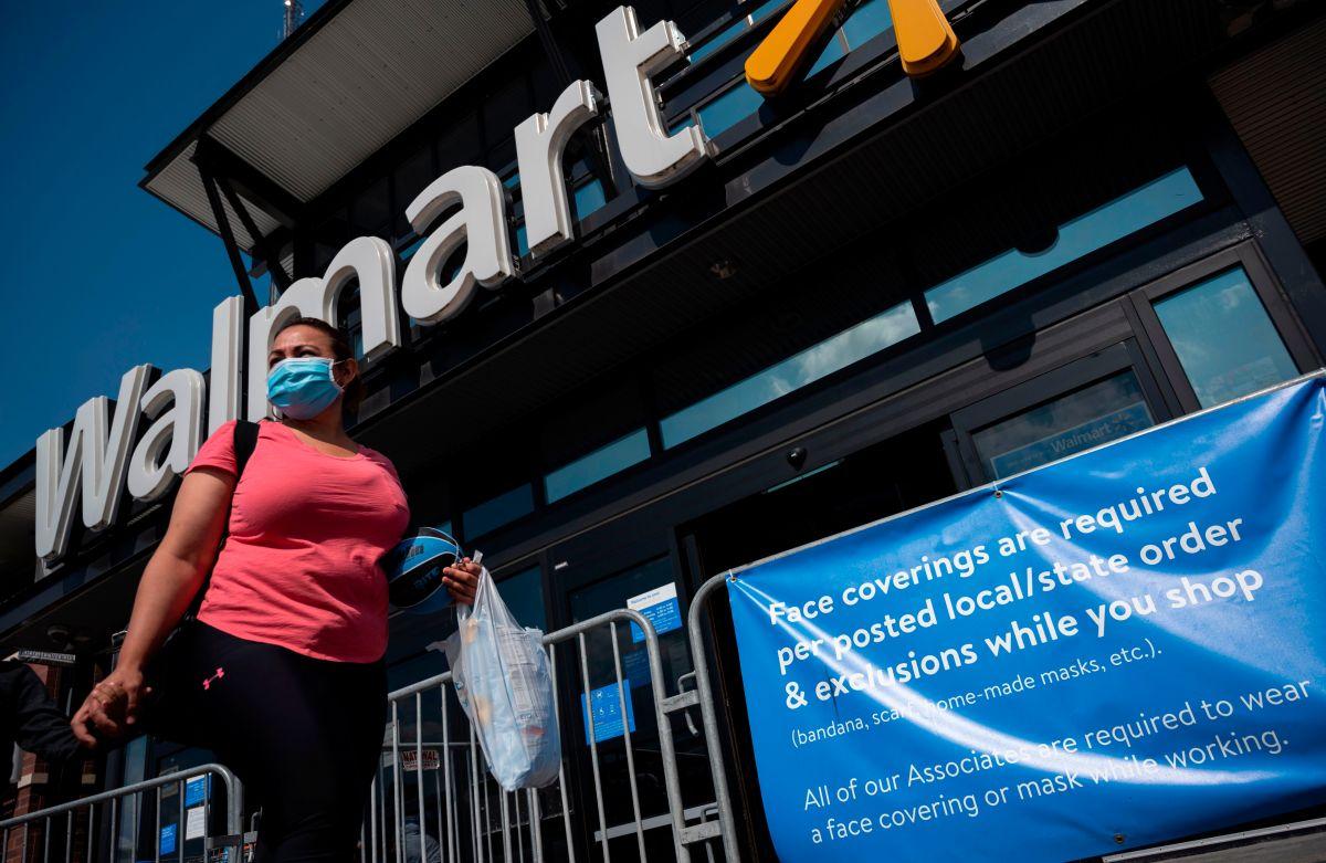 Walmart incrementa 90 minutos el horario en sus tiendas después de reducirlo por la pandemia de coronavirus