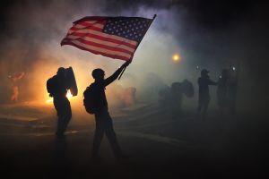 VIDEO: Muere uno en enfrentamiento entre manifestantes pro-Trump y Black Lives Matter