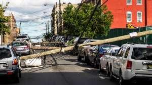 La tormenta tropical Isaías causa al menos 5 muertes a su paso por la costa este con rumbo a Canadá
