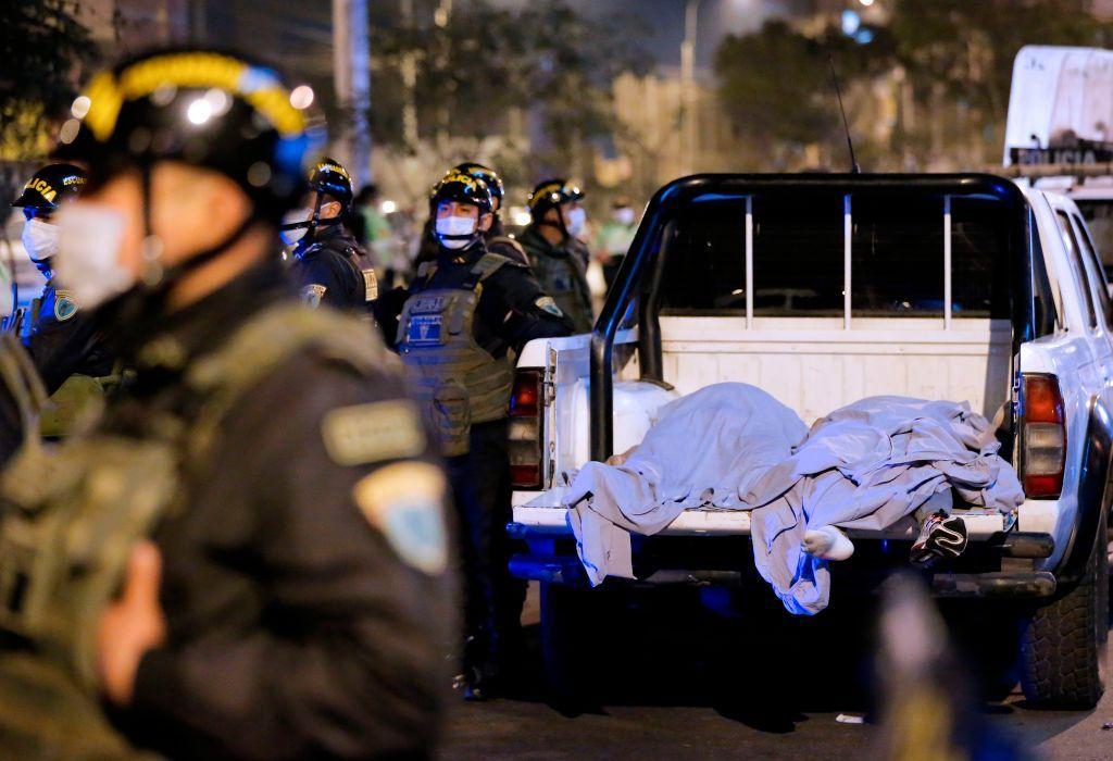 Al menos 13 muertos en estampida durante fiesta clandestina en Perú