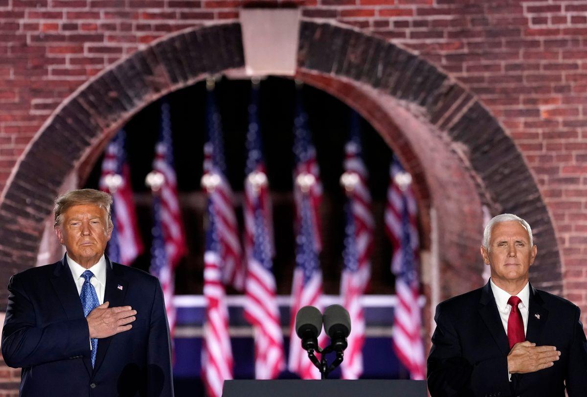 Mike Pence apela al bolsillo de los latinos para que voten por Trump