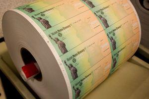 IRS ya ha enviado 172 millones de pagos por tercer cheque de estímulo y programa más entregas