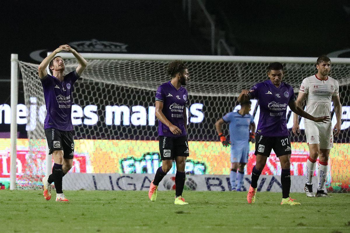 Histórica primera victoria de Mazatlán FC pone a soñar a su DT, jugadores y afición