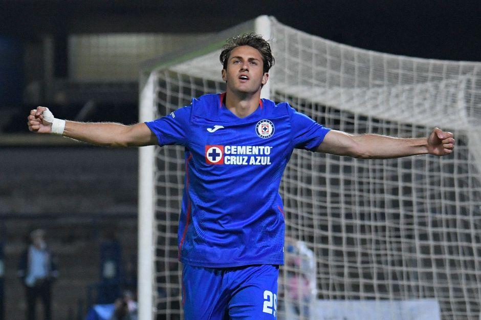 Un Cruz Azul imparable arrolla a León y apunta a la cima de la Liga MX