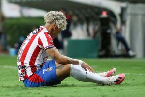 Chivas sufre una nueva derrota, sigue sin marcar gol y la afición se burla de ellos con memes
