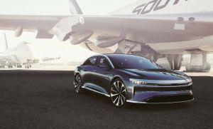 Lucid Air se corona como el rey de los autos eléctricos y le gana a un Tesla Model S en una carrera