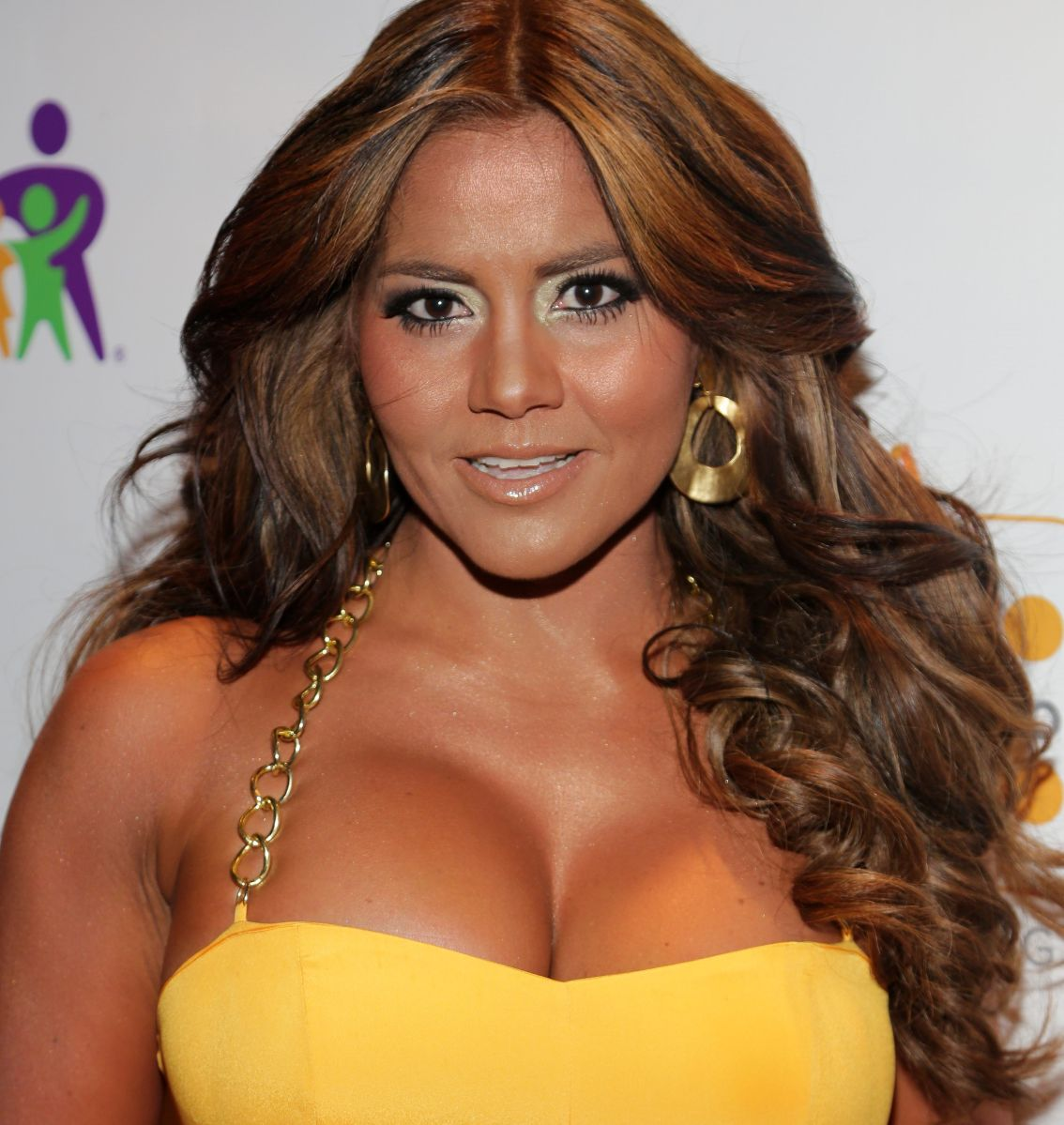 Maripily Rivera modeló varios hilos dentales durante fin de semana playero e incendió las redes sociales