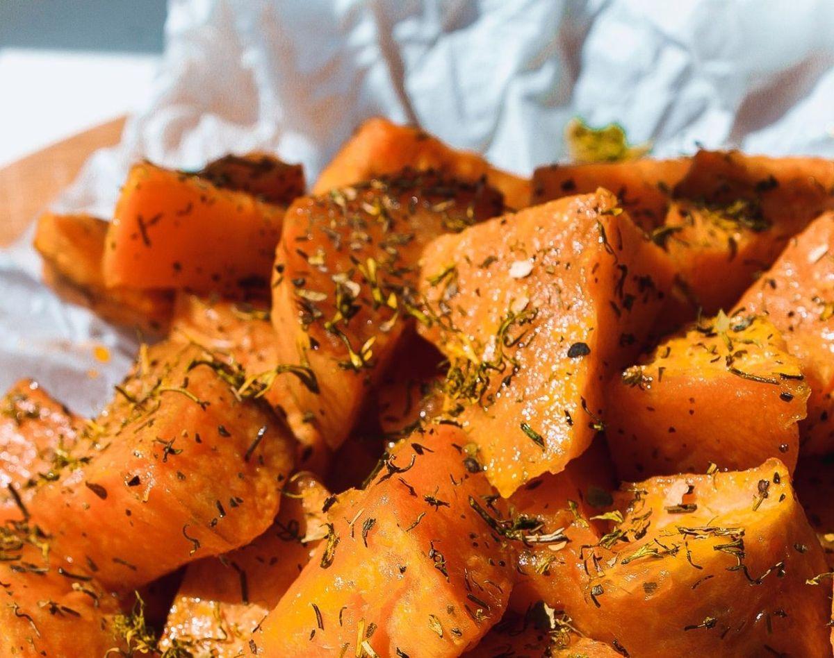 Cocina con batatas: son antiinflamatorias y ayudan a la salud intestinal
