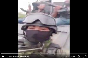 VIDEO: Cárteles Unidos retan al Mencho a bordo de una camioneta monstruo