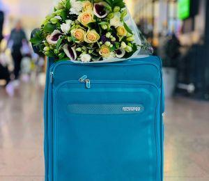 FOTO: Detienen en un aeropuerto a una mujer que viajaba con los restos de su marido en la maleta
