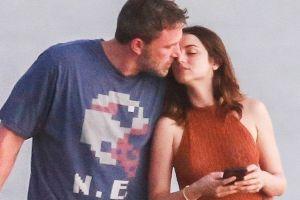 Ana de Armas comparte foto junto a Ben Affleck muy enamorada