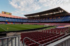La realidad más extraña: así se viven las noches de Champions League sin público en los estadios