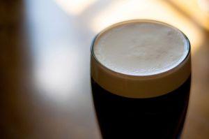 Por qué la cerveza tendría sabor diferente con el cambio climático