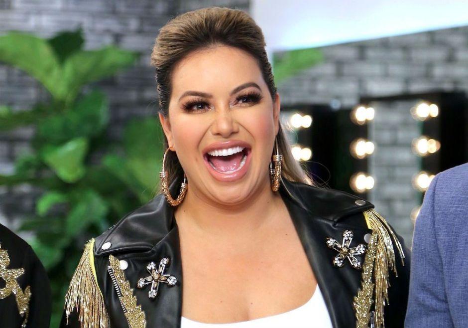 Chiquis Rivera soltó toda la sopa en el nuevo programa de Carolina Sandoval