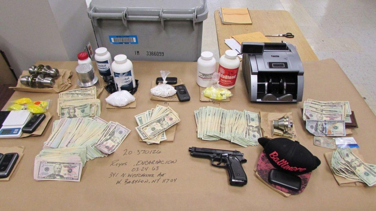Hispano detenido por tráfico de cocaína y operar un casino en su casa de Nueva York