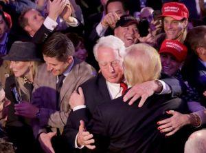 """""""Mi hermano está mal"""": Trump lo visitó en hospital de Nueva York"""