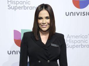Karla Martínez se fue de vacaciones y el público estalla en su contra por no cuidarse en plena pandemia