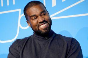 Kanye West critica a 'Friends' luego de que Jennifer Aniston dijo que votar por él no tiene ninguna gracia