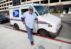 """Fondos para el Servicio Postal de EEUU: ¿qué pasa cuando texteas """"USPS"""" al 50409?"""