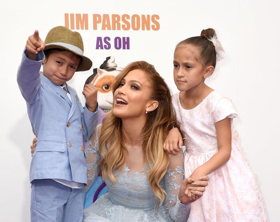 Jennifer Lopez revoluciona las redes con un tierno recuerdo cantando junto a su hija