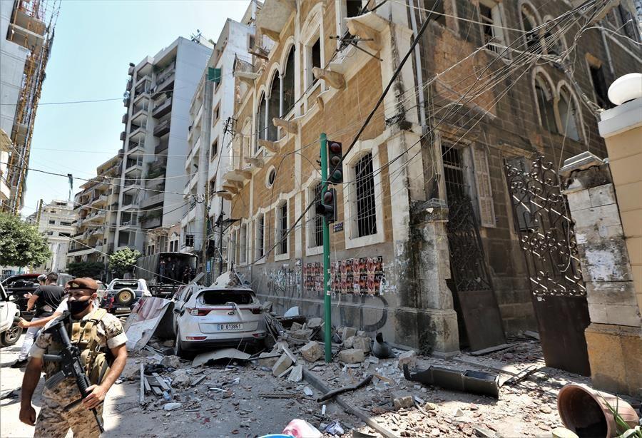 Más de 300,000 personas sin hogar y 100 desaparecidas tras explosiones en Beirut