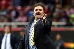 Ricardo La Volpe asegura que Jorge Vergara le tendió una trampa para correrlo de Chivas