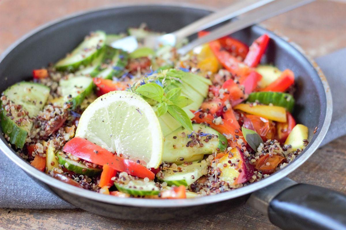 4 ideas de cenas muy ricas en fibra, deliciosas y que te mantendrán satisfecho por horas