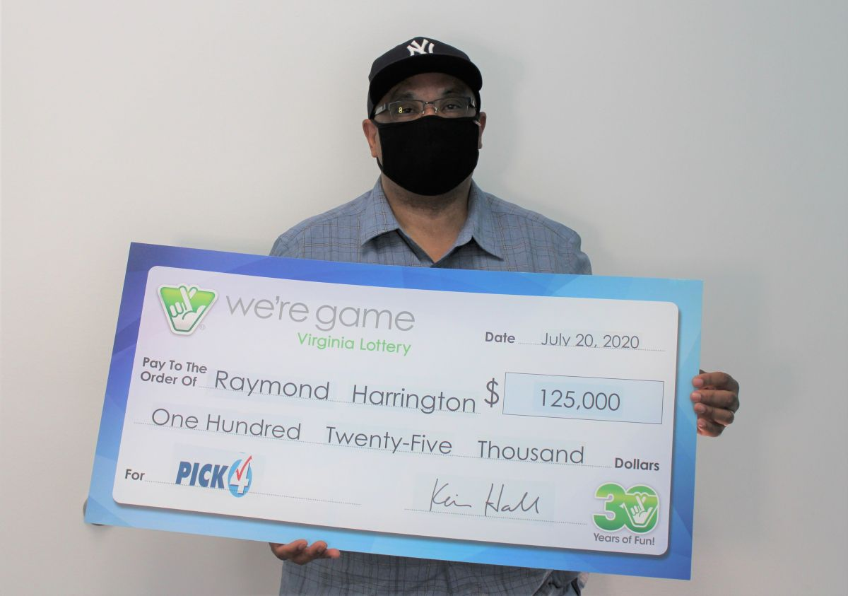 Raymond Harrington ganó su premio con una jugada extraordinaria.