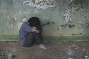Su madre murió y solicitan ayuda para sobrevivir al lado de su padre que sufre parálisis