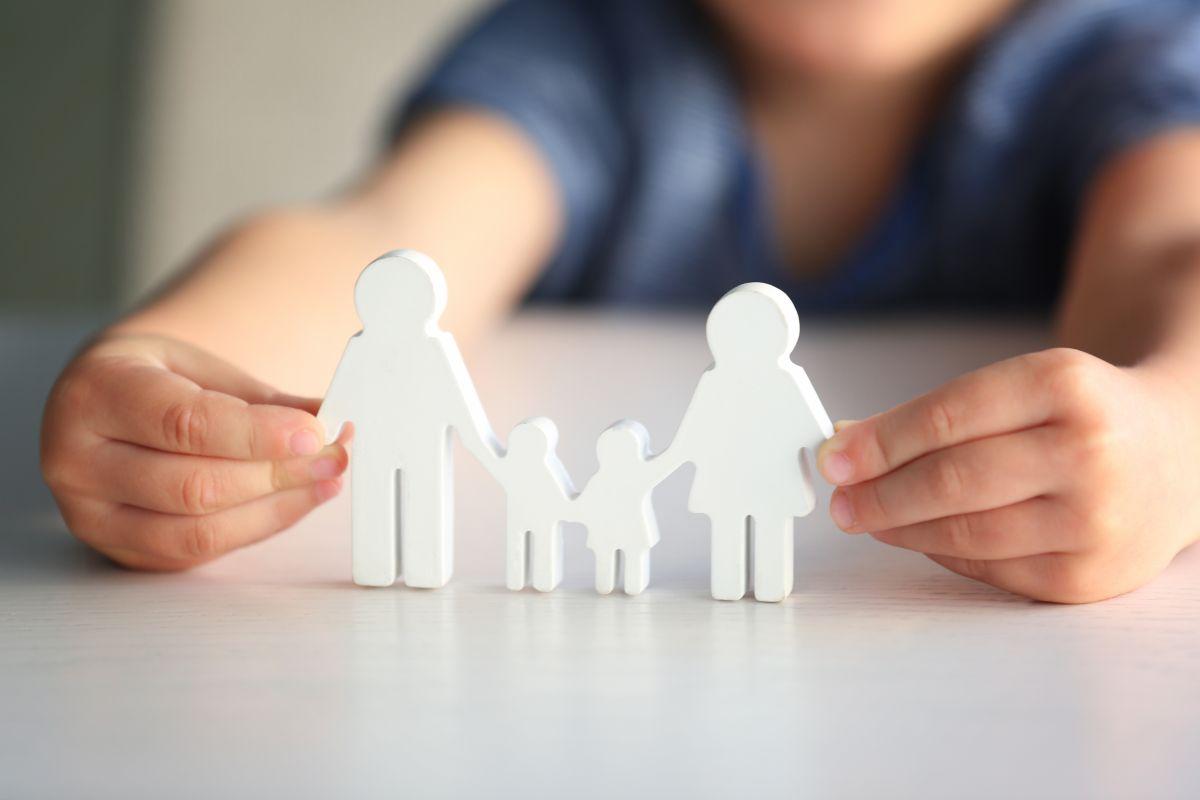 Pidió en una entrevista tener una familia y recibe más de 5,000 solicitudes para ser adoptado