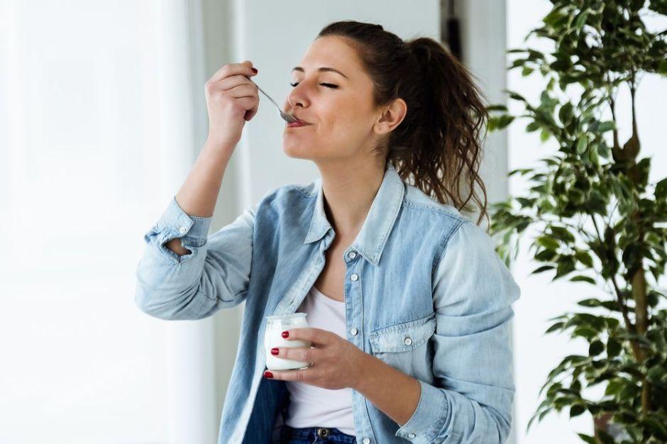 Renueva tu rutina matutina: Hábitos para una mejor salud intestinal durante todo el día