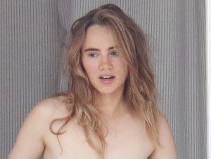 Sorprenden a Suki Waterhouse, ex de Diego Luna, tomando el sol topless
