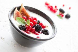 5 alimentos que ayudan a aliviar síntomas de úlceras en el estómago