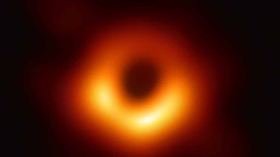 M87*: el fascinante parpadeo del primer agujero negro del que se tiene imagen