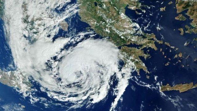 """""""Medicane"""", la inusual tormenta parecida a un huracán que golpea a Grecia"""