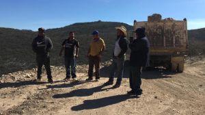 Ex migrantes camioneros demandan al gobierno mexicano el pago por su trabajo