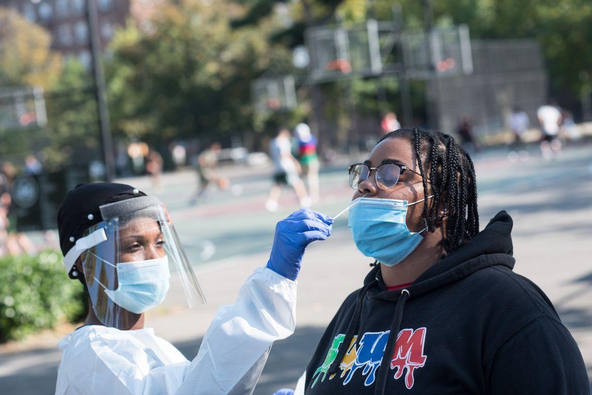 Alerta: Por primera vez en meses las infecciones diarias de COVID-19 en NYC llegan al 3.25%