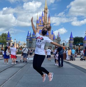 Clarissa Molina visita por primera vez Disney World