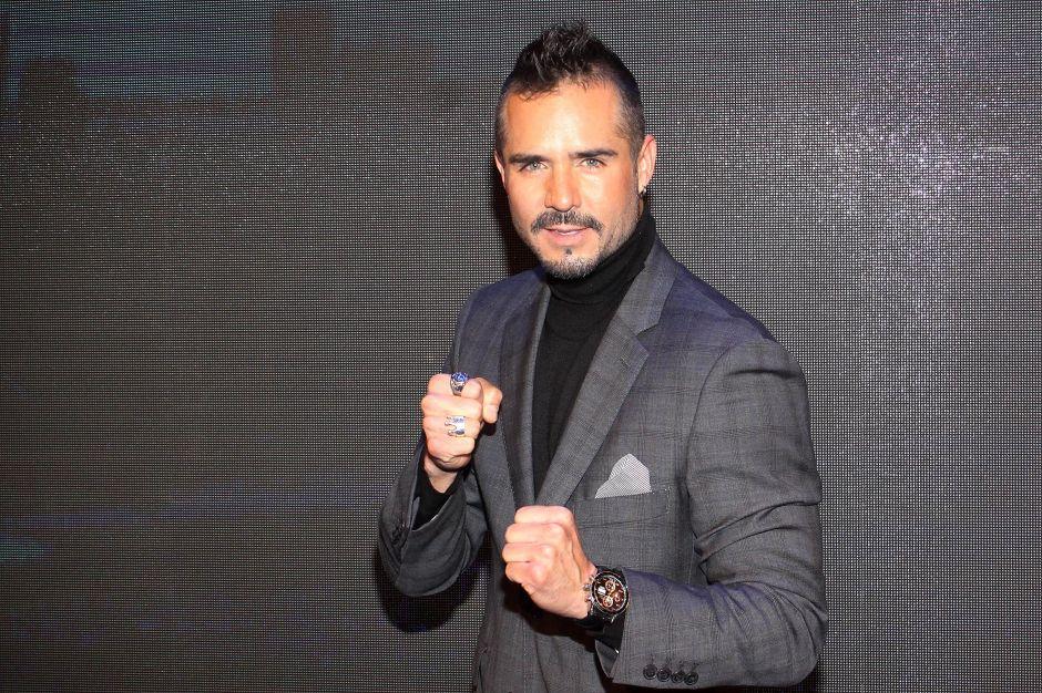 """""""Puedo hacer lo que yo quiera"""": José Ron confirma que ya no tiene exclusividad con Televisa"""