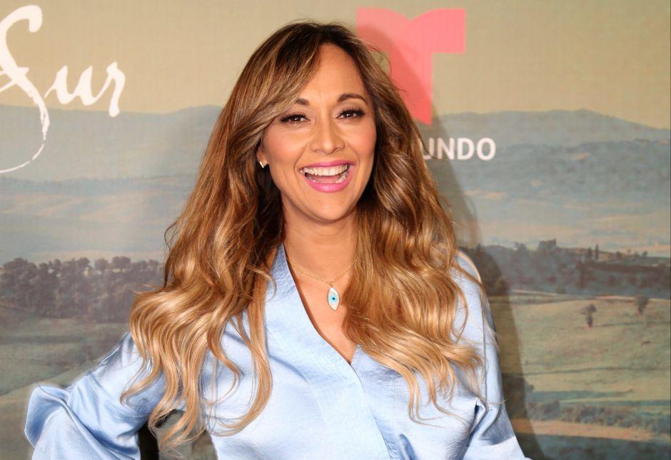"""Verónica Bastos, ex estrella de Suelta La Sopa, presenta su nuevo programa:""""Lengüilargos Live"""""""