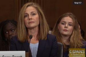 Quién es Amy Coney Barrett, la jueza que podría ser la opción de Trump para la Corte Suprema