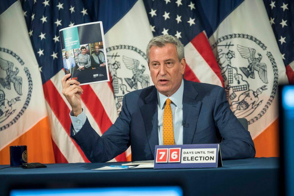 Otros 9,000 empleados de la Ciudad tomarán días libres sin sueldo para ahorrar $21 millones