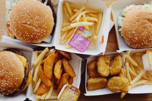 Cómo la comida rápida puede afectar tu sistema inmunológico
