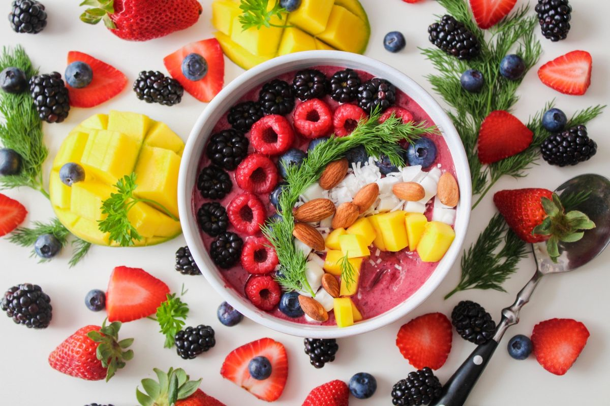 Which 5 fruits offer the highest protein intake and help you lose weight